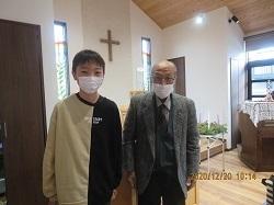 ユキ高見牧師と.jpg