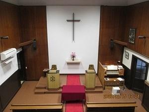 大津教会礼拝堂�@.jpg